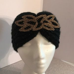 Accessories - Black knit ear warmer cold weather hat with beads